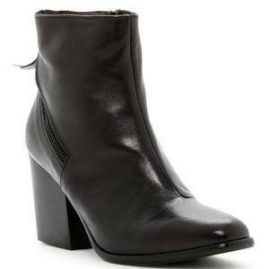 Size 8 / 38 Alberto Fermani Black Leather Boots